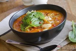 Sopa de tomate e batata
