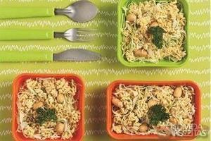 Yakissoba nissin salada crocante
