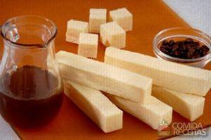 Melado de café com queijo coalho