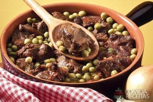 Receita de Carne de panela com ervilha - Comida e Receitas