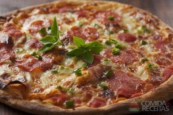 Pizza de lombo defumado
