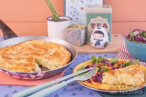 Torta de gorgonzola, muçarela e batata