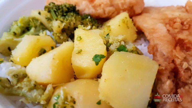 Batata com brócolis