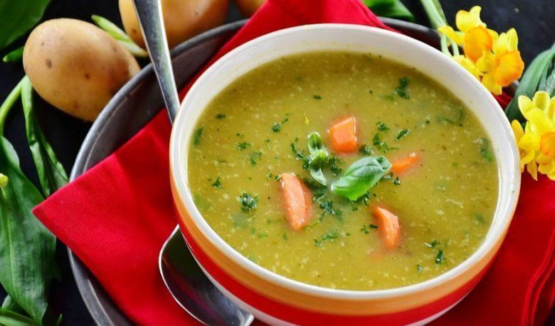 Sopa de batata cremosa