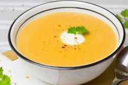 Sopa light de cenoura
