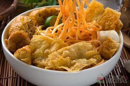 Laksa (macarrão de arroz)