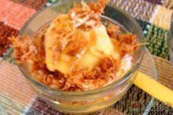 Farofa crocante com sorvete de abóbora
