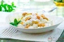 Salada natalina com cream cheese
