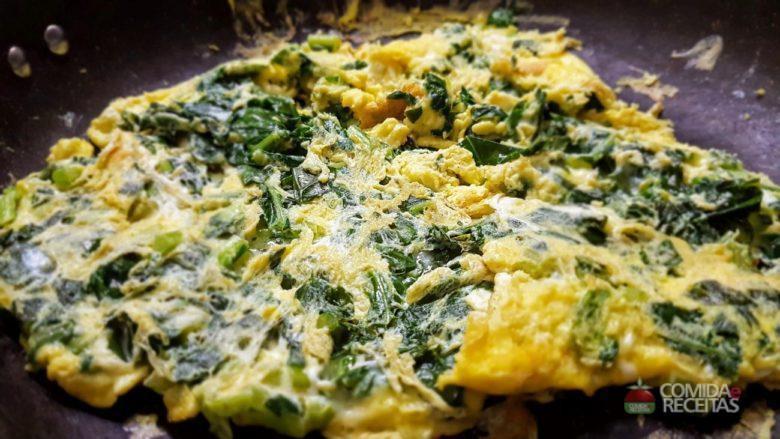 Omelete escarola