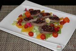 Salada de atum fresco com laranja