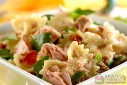 Salada de macarrão com atum especial