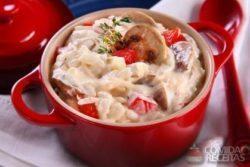 Arroz cremoso com cogumelo e queijo brie