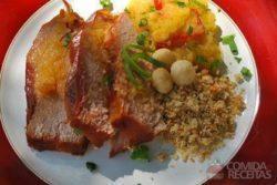 Foto: Eneida Farsoni, chefe do restaurante Areia que Canta, de Brotas/SP