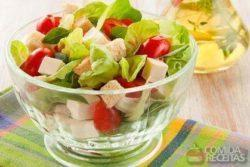 Salada de folhas verdes especial