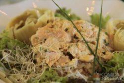Salmão marinado com alcachofra