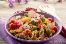 Salada de verão delícia