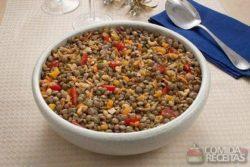 Salada de lentilha com damasco e nozes