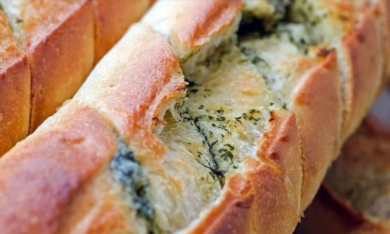 Baguete recheada com brócolis