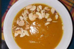 Sopa coringa de abóbora