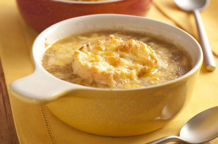 Sopa de cebola gratinada diferente