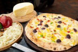 Pizza de bacalhau com nata