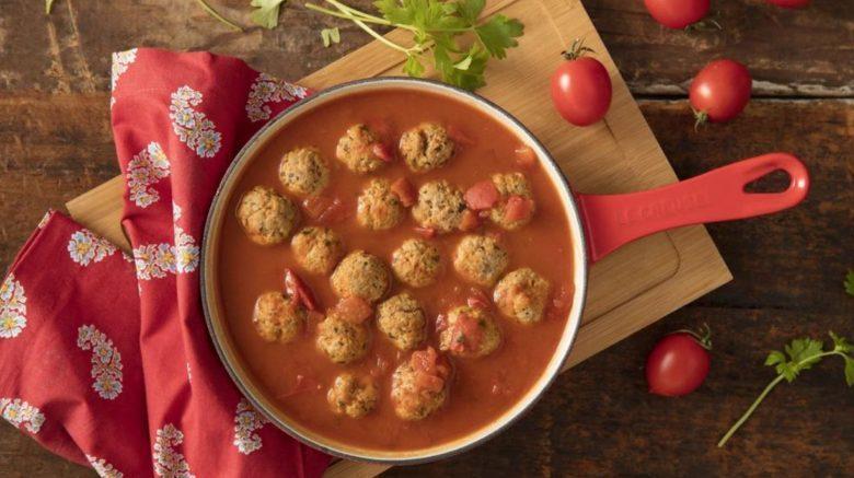 Almôndega ao molho de tomate diferente