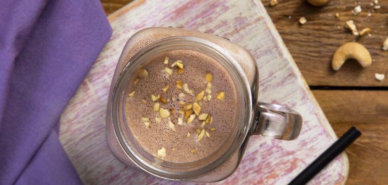 Cappuccino de Dark chocolate com castanha-de-caju