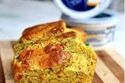 Pão com brócolis, cenoura e cottage