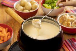 Fondue de queijo zero lactose