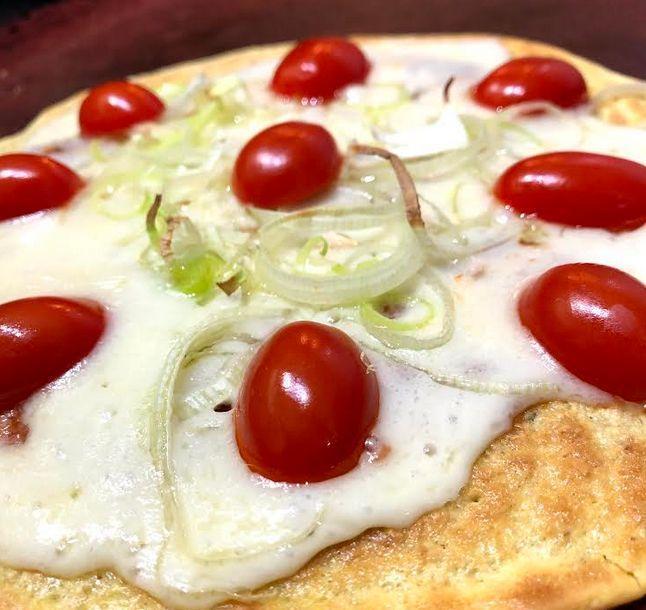 Pizza fit de alho poró