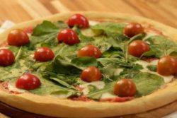 Massa especial de pizza caseira