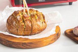 Pão italiano com queijo