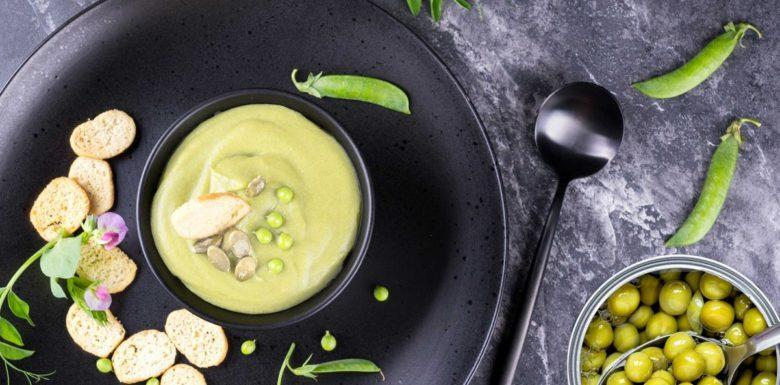 Sopa cremosa de ervilha especial