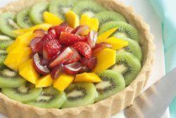 Torta de amêndoas com frutas sem glúten
