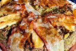 Torta sem massa de carne moída
