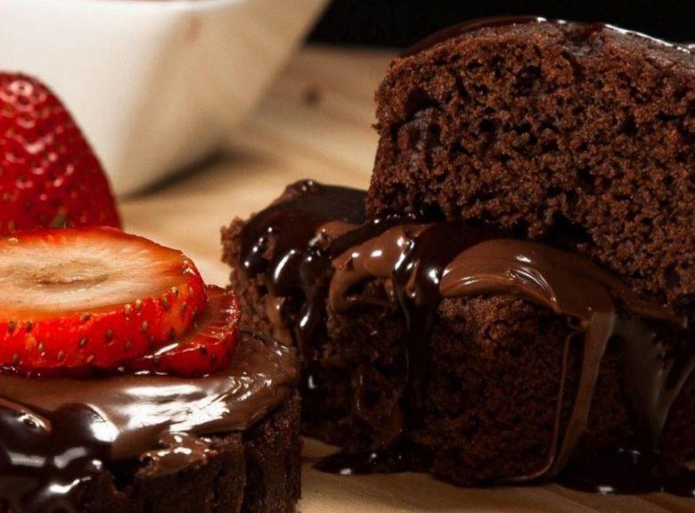 Brownie sem açúcar e sem farinha