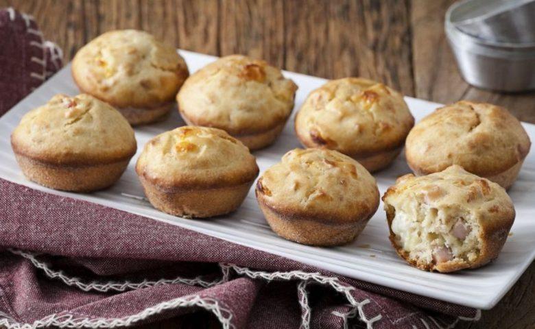 Muffin de peito de peru e queijo branco