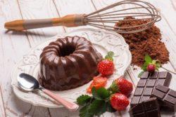 Pudim tentação de chocolate e morango