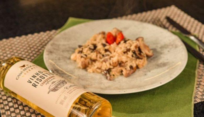 Risoto de cogumelo com vinho