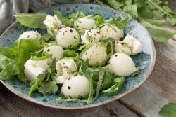 Salada de rúcula e melão