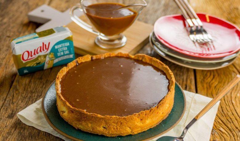 Torta de chocolate com caramelo