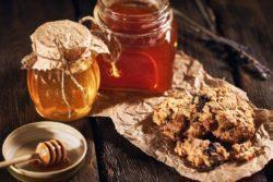 Biscoitinho de aveia e mel