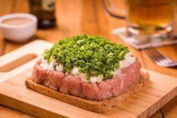 Carne de onça suína
