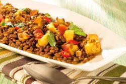 Ensopado de lentilha com curry e maçã